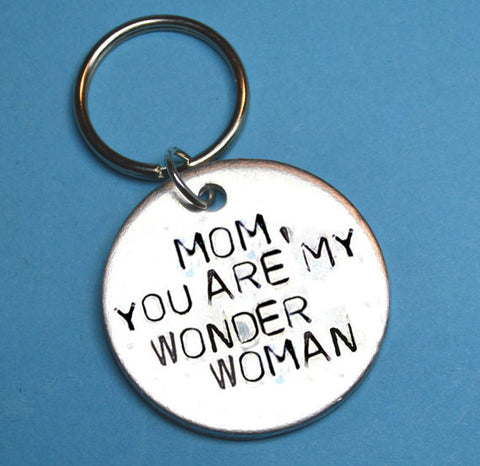 Keyring - Mothers Day Gift - Quote - Mom, You Are My Wonderwoman Keyring