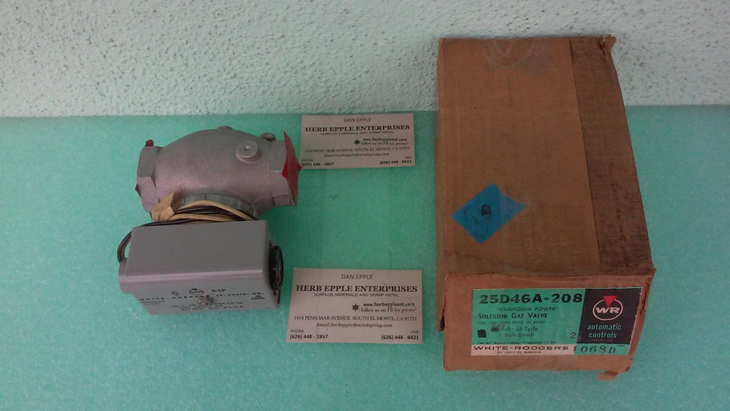 "White Rodgers 25D46A-208 120V 60Hz 1"" Solenoid Gas Valve New *RA-12 (UW 414)"