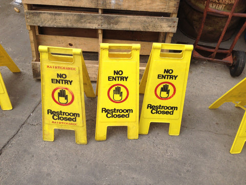 LOT OF 3 NO ENTRY RESTROOM CLOSED FLOOR STAND SIGN BUSINESS RESTAURANT (R)