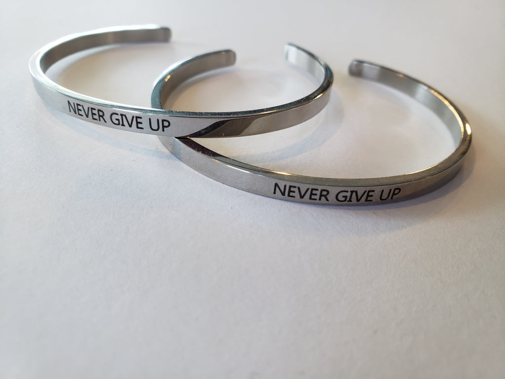 NEVER GIVE UP Stainless Steel bracelet