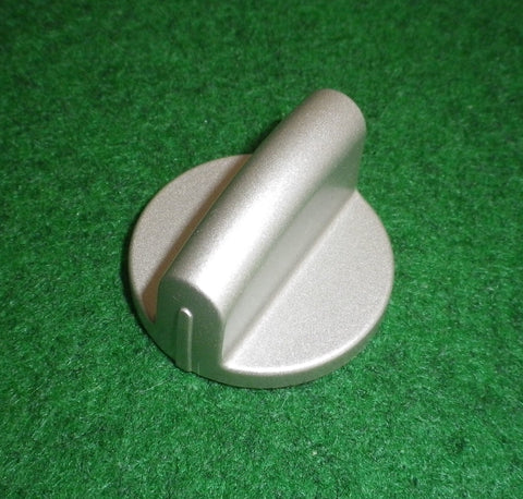 Chef, Electrolux Silver Stove Control Knob - Part # 0019008139