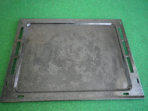 Used Electrolux Oven EOEE62AS, EOEE63AS Enamel Baking Tray - Part # 0037004041SH