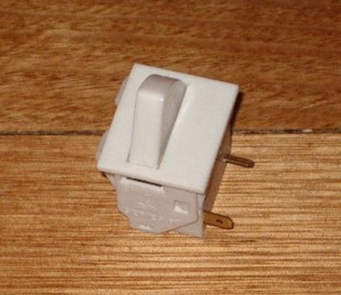 Square Light Switch, Single Button - Part # RF030B
