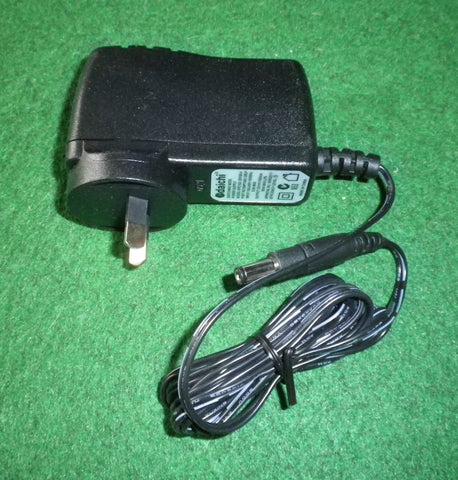12Volt 1.5A Switchmode AC/DC Adaptor with Reversable Plug - Part # SMP1500-12RLP