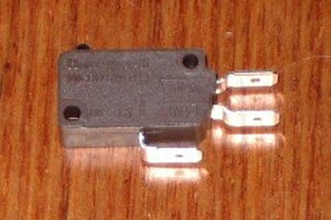 Light Action SPDT Honeywell Microswitch with 6.4mm Terminals - Part # MS301