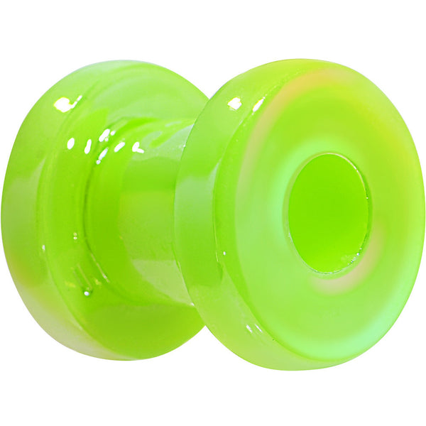 4 Gauge Iridescent Green Acrylic Screw Fit Tunnel Plug