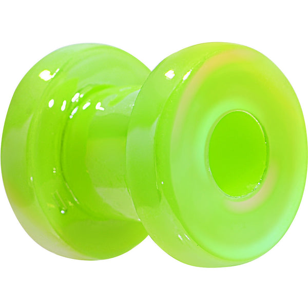 6 Gauge Iridescent Green Acrylic Screw Fit Tunnel Plug