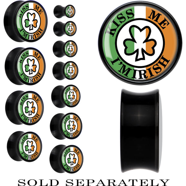 Black Acrylic Ireland Kiss Me I'm Irish Saddle Plug