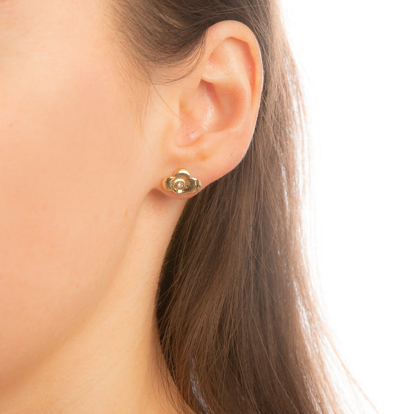 Model_wearing_Disney_Mulan_Earrings_Yellow_Gold_Warrior_Symbol