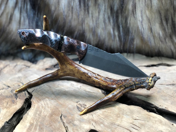 Widowmaker blade, dark quilted oak, onyx with gold web, copper infused carbon fiber, cf and copper pins,