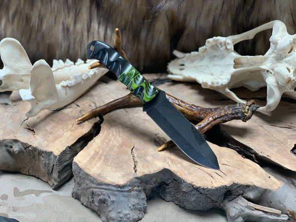 Disaster breacher, black and green dymalux wood, black micarta, green box elder burlwood, black and green G10 liners, CF pins,