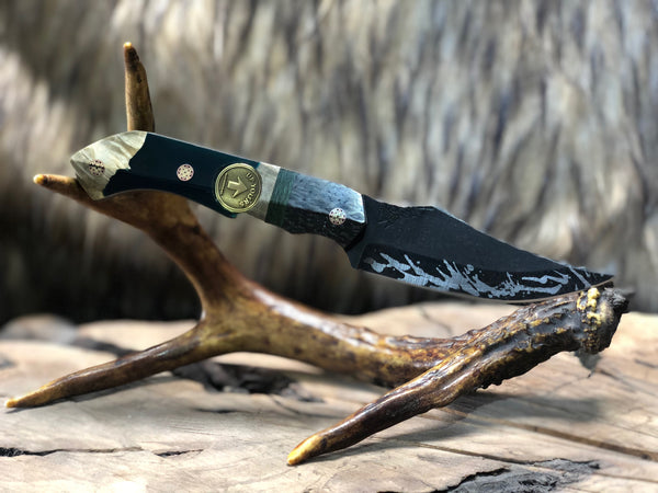 "Red cloud limited edition ""up yours"" inlay blade, lightning carbon fiber split, jungle crazy fiber center, dark green/black resin with box elder burlwood, mosaic pins,"
