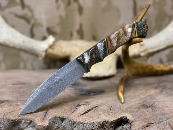 Disaster tanto custom, Damascus, brass infused CF too and bottom, splatted maple center, brass pin striping, black g10 liners, brass mosaics,