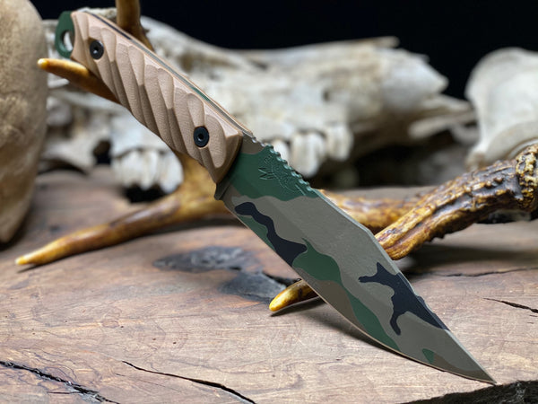 Crow scout blade, M81 woodland cerakote, coyote brown G10 textured grip black alan bolts, open tang,