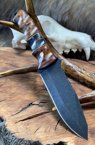 Disaster jr blade, Desert ironwood bolster, pearl grey resin, dark box edler burlwood center, Hawaiian curly koa bottom, bras and copper mosaic pins, fde and black G10 liners,