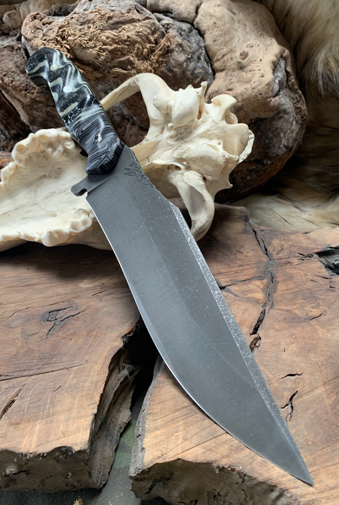 Bowie blade, black and pearl flannel micarta, pearl and black carbon fiber, black and white trustone, stainless steel mosaic pin, pearl G10 pins,