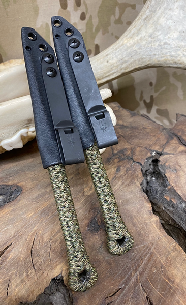 Pneumo spikes, sniper grey cerakote, jungle camouflage paracored wrap,