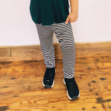 the signature legging -- stripe