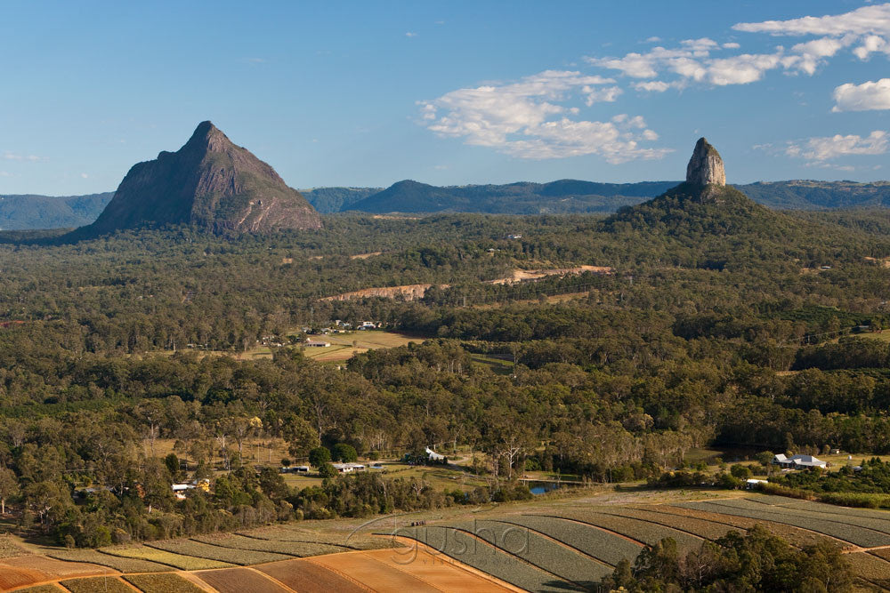 Photos of the Glass House Mountains - Gusha