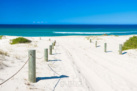 Photo of Bennetts Beach HN0751 - Gusha