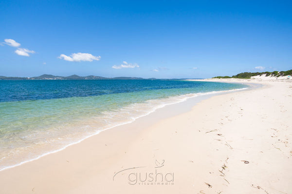 Photo of Jimmys Beach HN2174 - Gusha