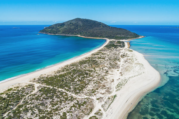 An aerial photo of Yacaaba Headland, Australia