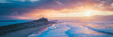 Photo of Nobbys Beach NE3840 - Gusha