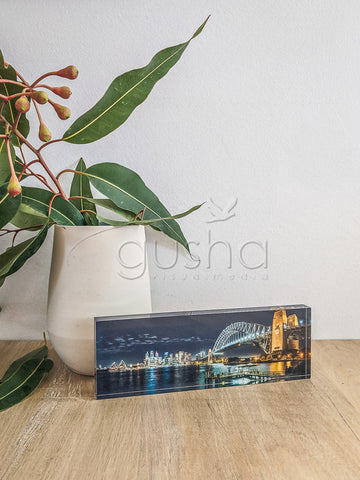 Acrylic desk block featuring Sydney Harbour SYD3300