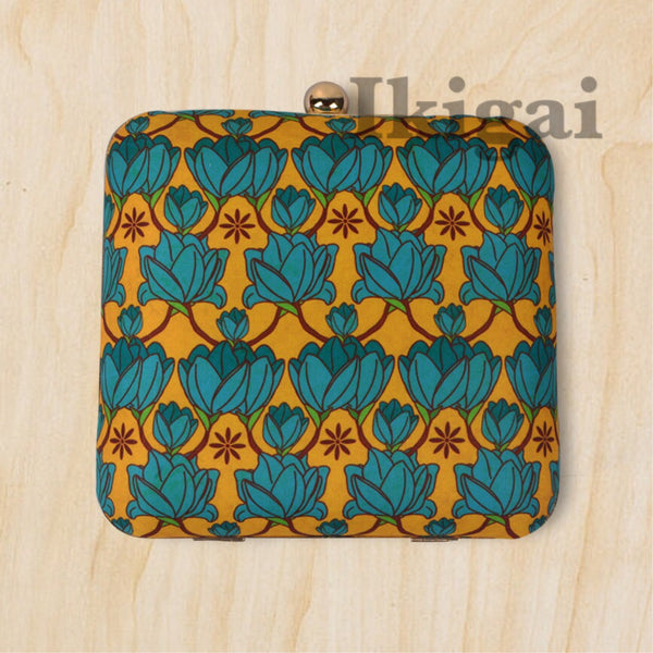 Pattern lotus clutch sling bag