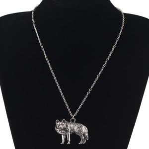 Metal Alloy Wolf Necklace * FREE SHIPPING! *