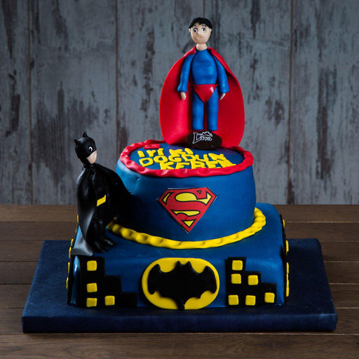Batman ve Superman Özel Pasta