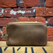KANE & CO | Dudley Leather Wash Bag