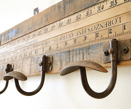 LIFESTYLE FURNITURE | Yardstick 6 Hook Coat Rack