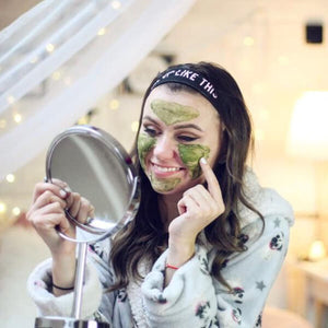 MARK Green tea face mask (Gesichtsmaske gegen Akne)