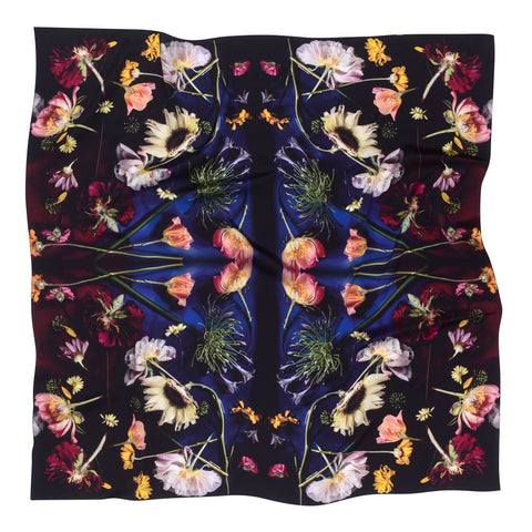 MEADOW 90 x 90 CM SILK SCARF