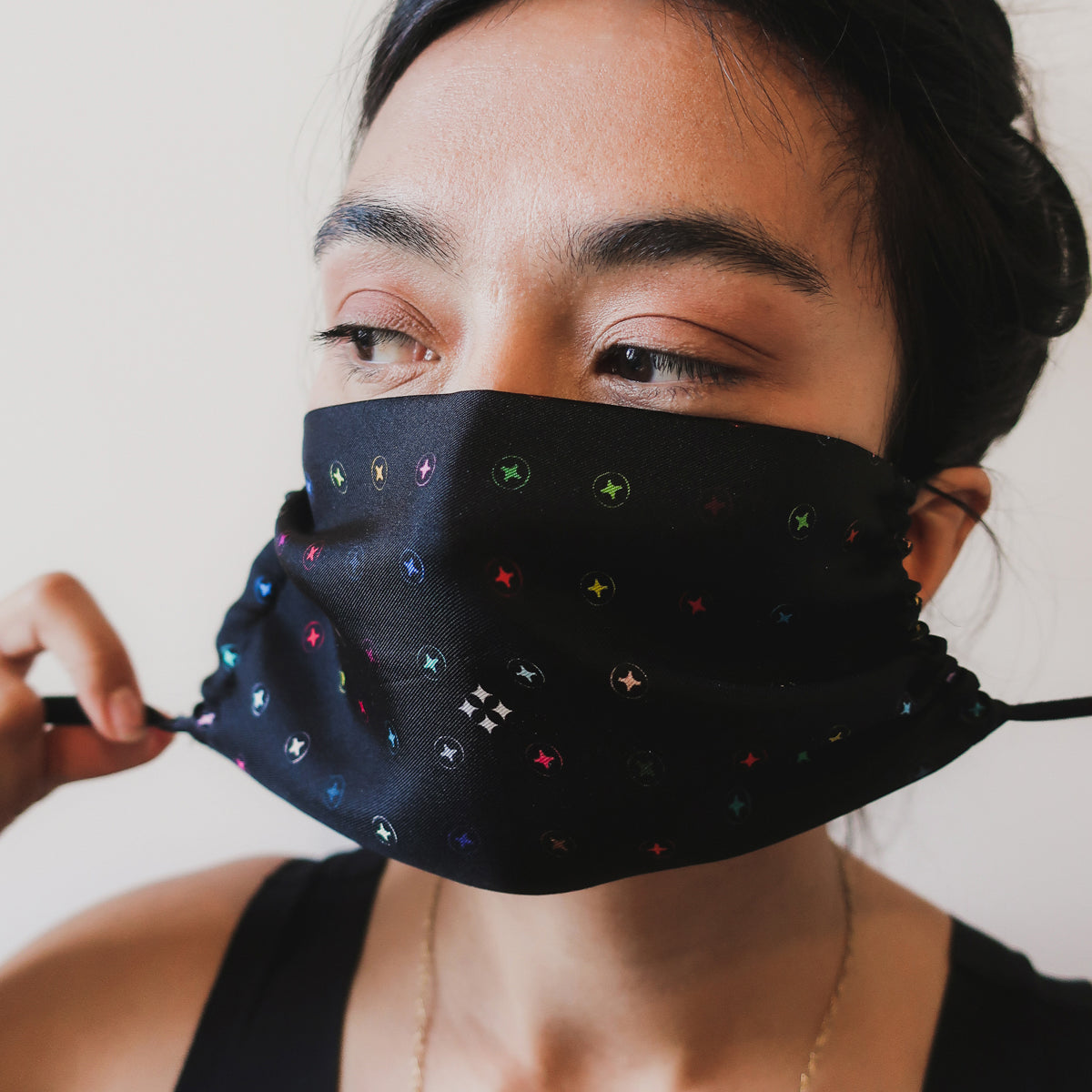 SILK FACE MASK - MULTICOLOUR SCREWPRINT