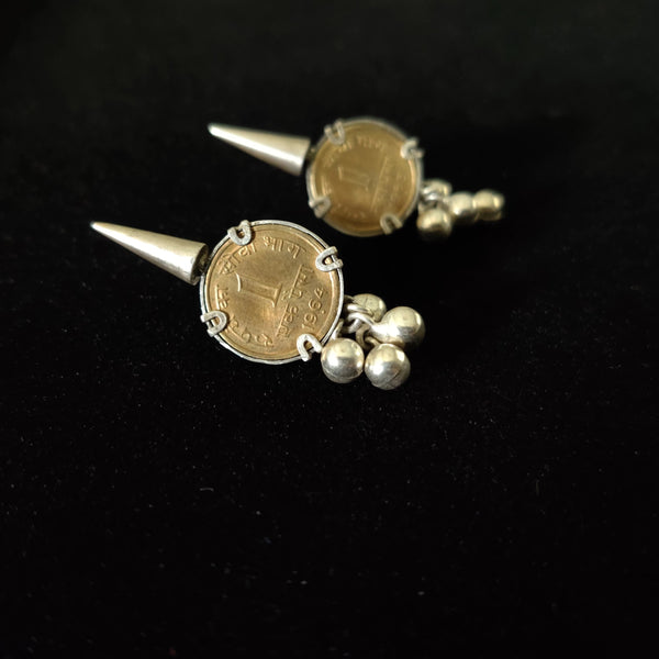 Latest design sterling silver earrings in India with vintage look