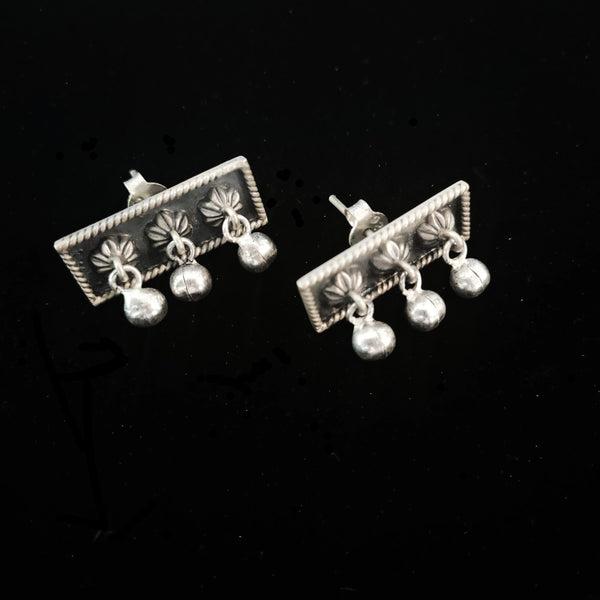 Baksa Earrings front - Quirksmith