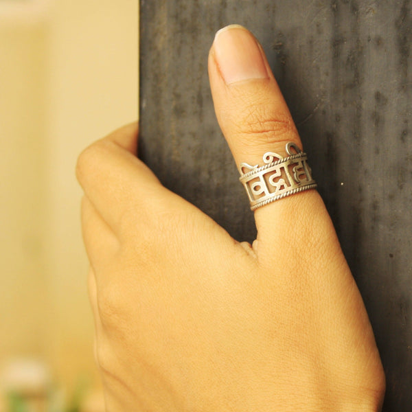 Vidrohi Man Thumb Ring - Quirksmith