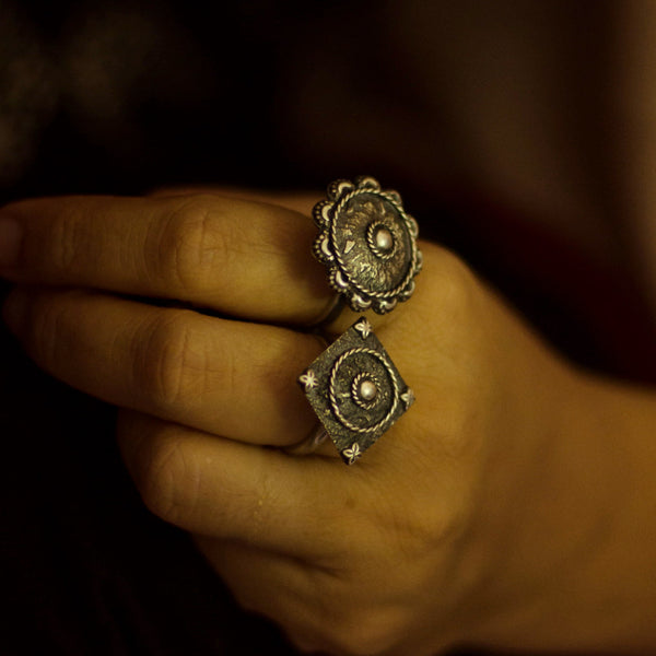 Tribal Two Finger Ring - Quirksmith