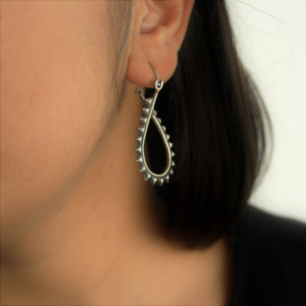 Grunge Twisted Hoops - Quirksmith