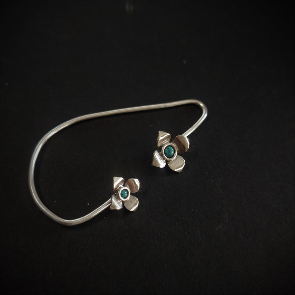 Bageecha Earcuff (Single Piece)