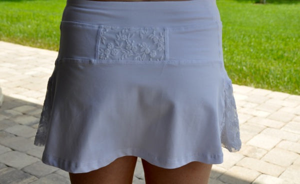 Organic Saba Skort in Summer Cloud