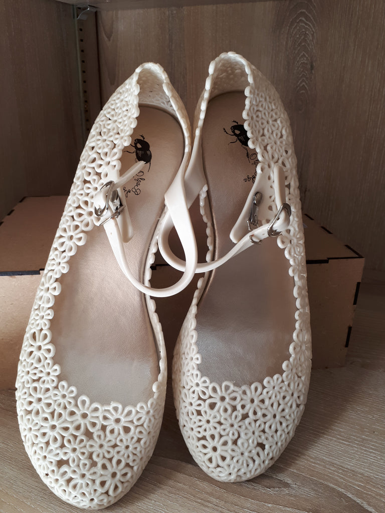 Olga Bolga Jelly Shoes Cream