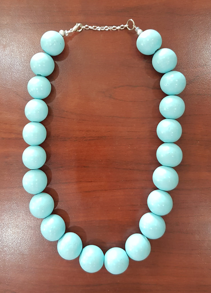 Itsi. Short & Chunky Necklace