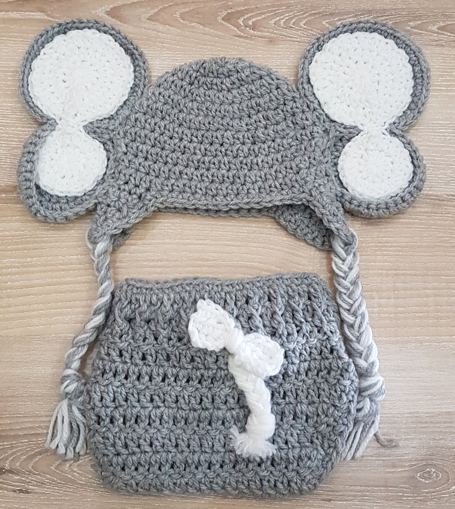 Knitted Elephant set