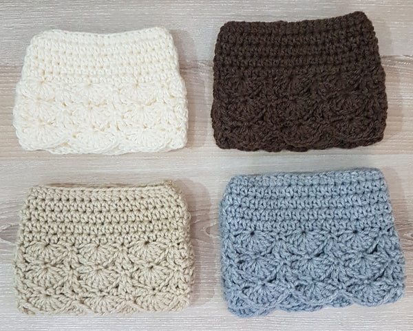 Plain knitted boot cuffs