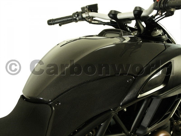CARBON FUEL TANK COVER FOR DUCATI DIAVEL BY CARBONWORLD - DennisPowerSport - 2
