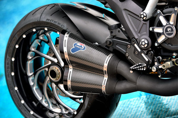 TERMIGNONI DUCATI DIAVEL COMPLETE RACING EXHAUST SYSTEM WITH CARBON SILENCERS AND BLACK CERAMIC COATED PIPES