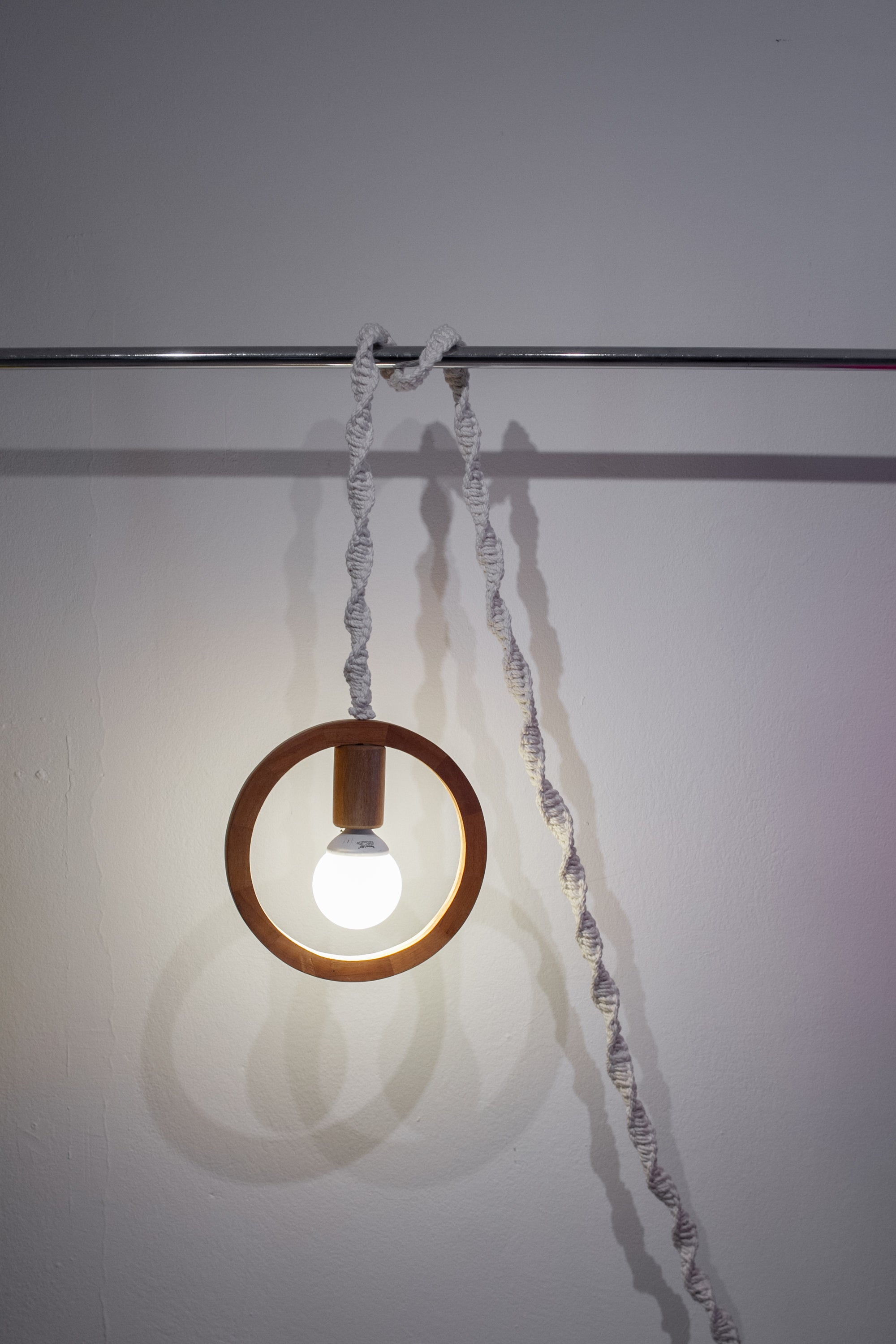 Wooden Ring Lamp-Obra Gris-Zero-Waste-Design-Costa-Rica